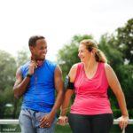 5 mythes sur les rencontres qui peuvent vous empêcher de trouver l'amour après 50 ans