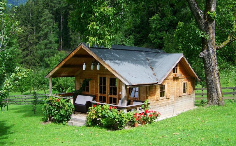 Les bases de la réparation d'un revêtement en bois sur une maison